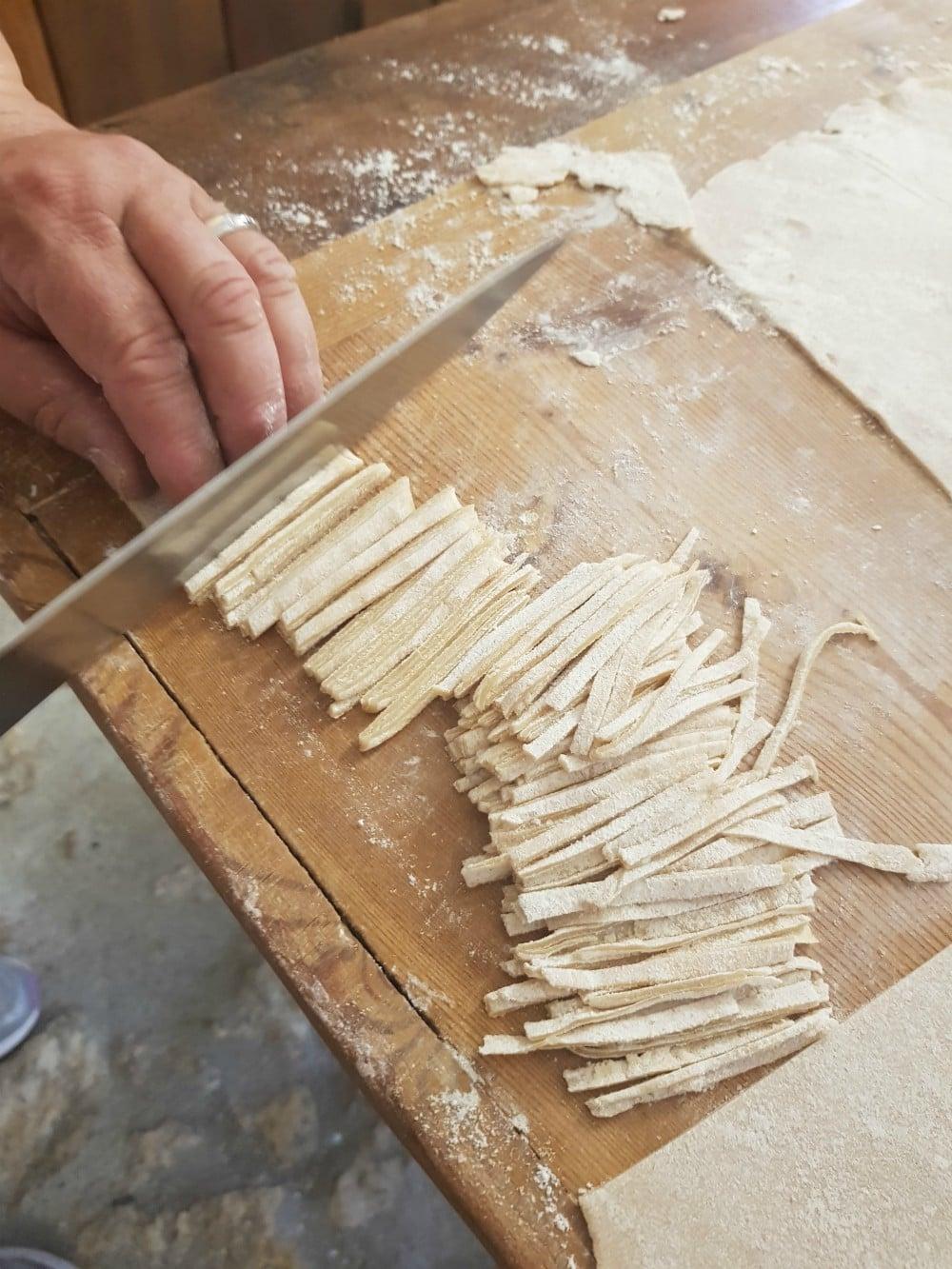 Sagne pasta making