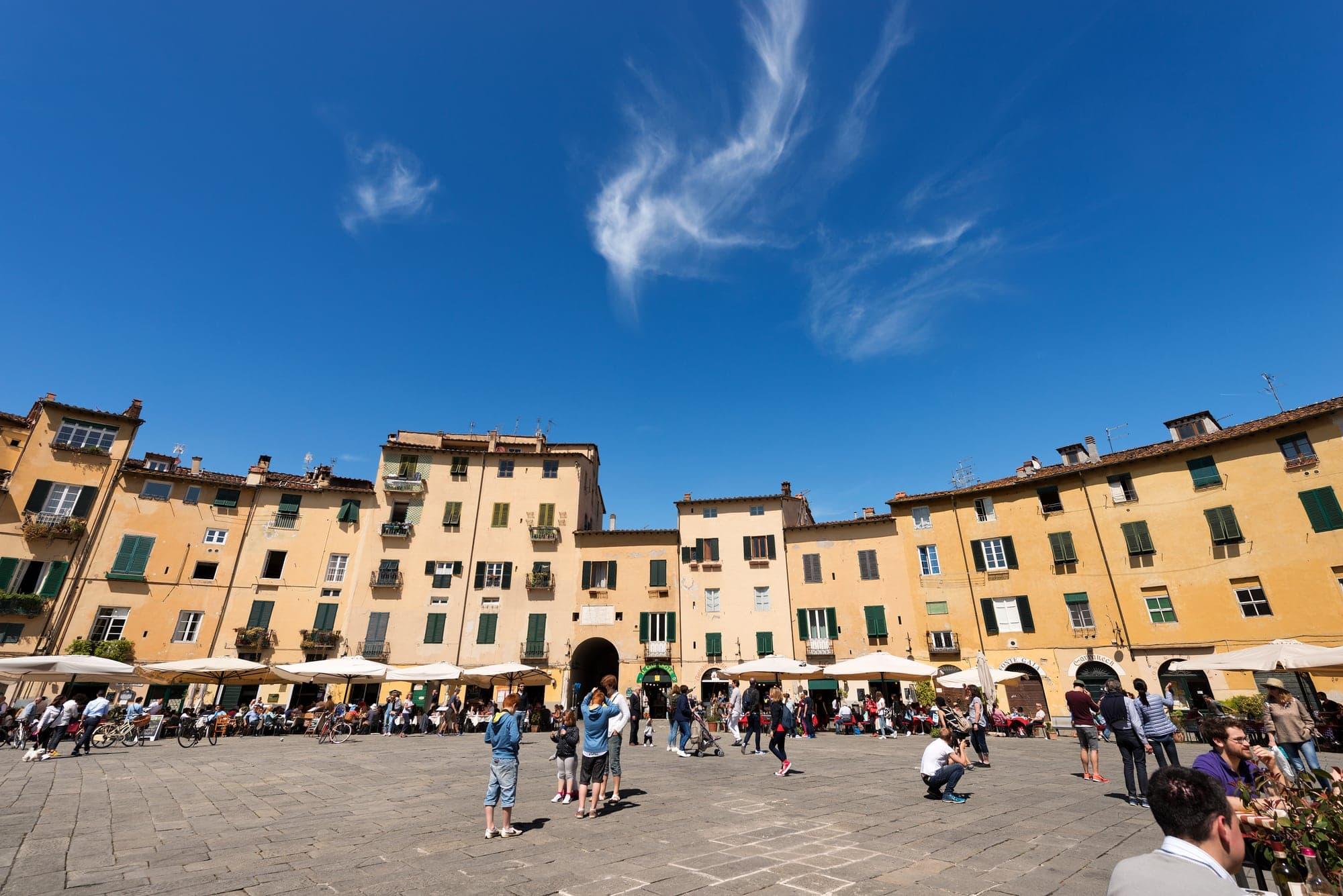 Lucca Mercato Dell Antiquariato