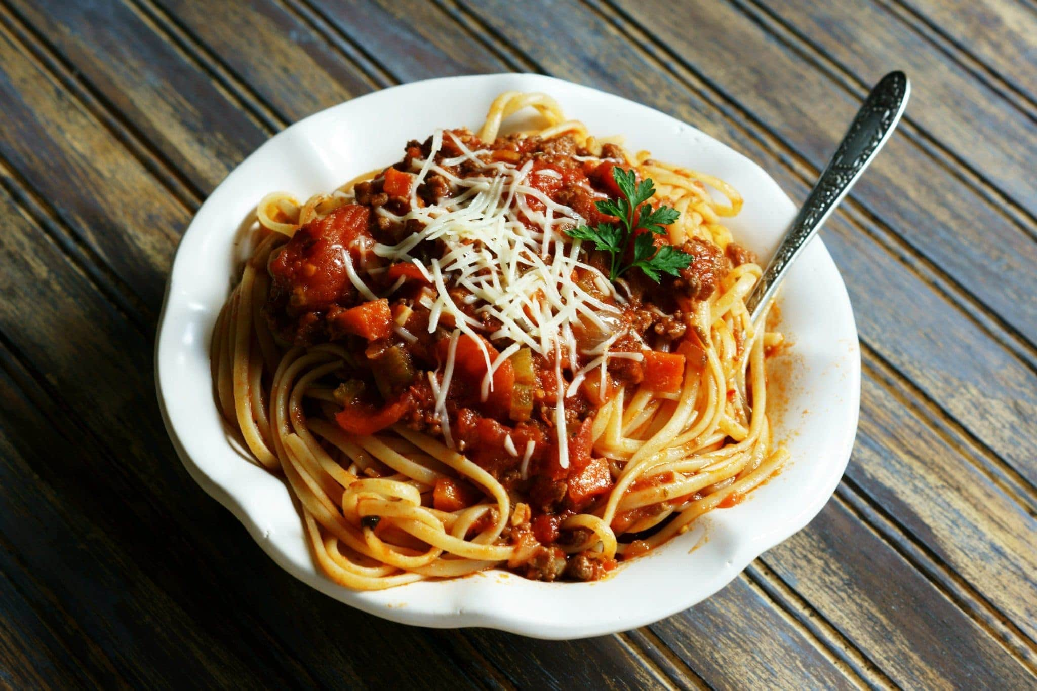 Homemade Italian spaghetti sauce is easy to prepare.