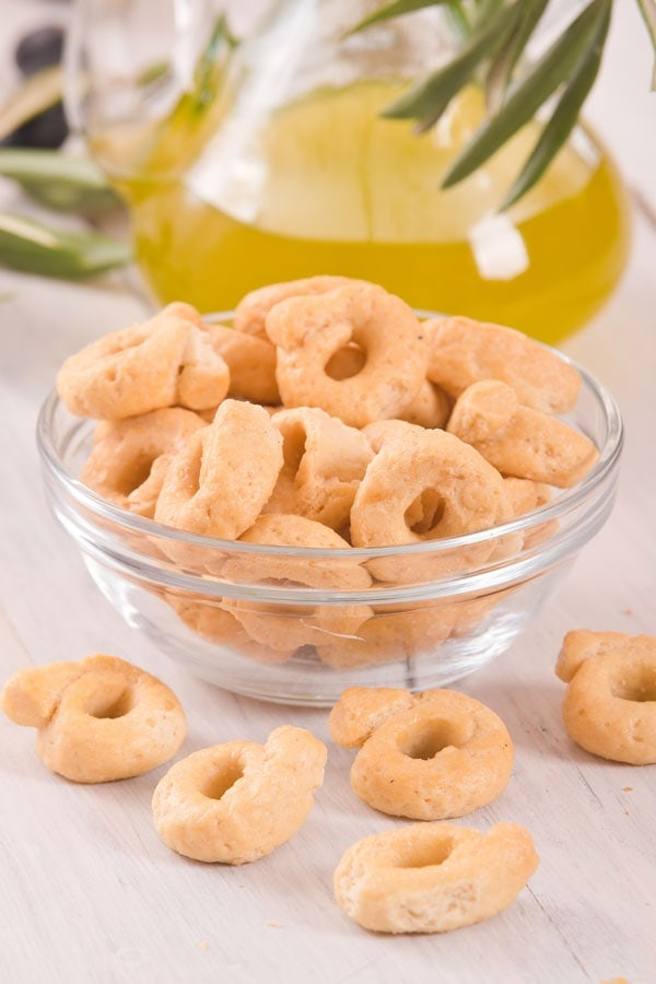 Taralli Italian crackers snacks