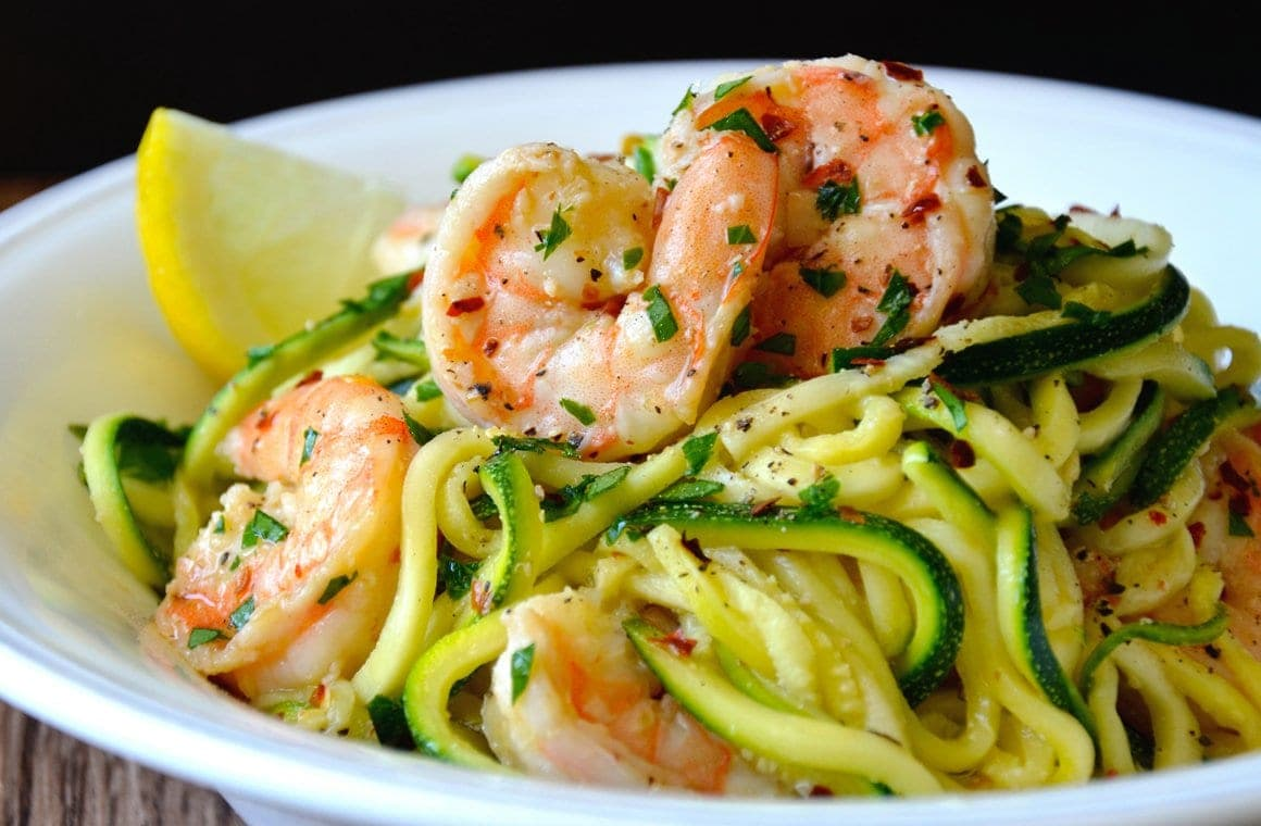 There are many different types of pasta among the Italian main dishes.